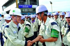 Điều kiện để tuyển người lao động nước ngoài làm việc tại Việt Nam