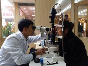 Giấy phép hoạt động đối với cơ sở dịch vụ kính thuốc